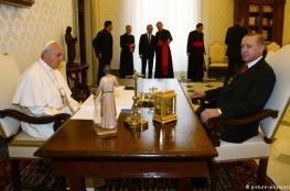 البابا يستقبل أردوغان في أول زيارة لرئيس تركي منذ عقود