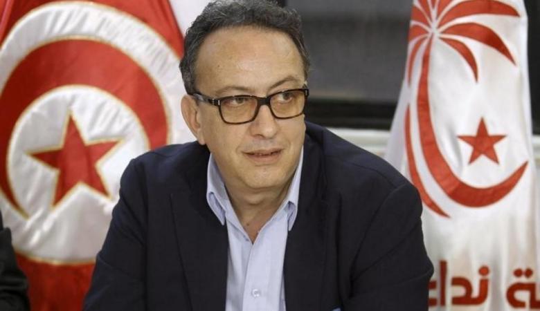 نجل الرئيس الراحل السبسي يخشى العودة الى تونس