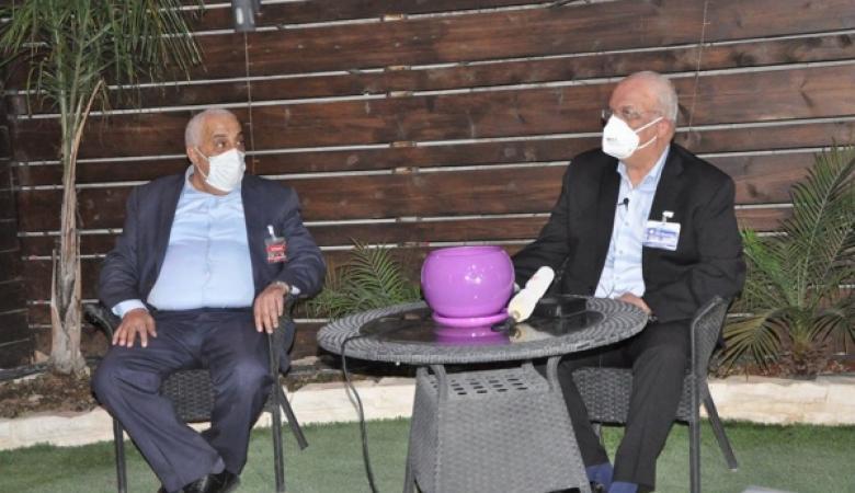"""عريقات يطلق مبادرة """"حماية الطبيب ورجل الأمن لحماية انفسنا"""""""