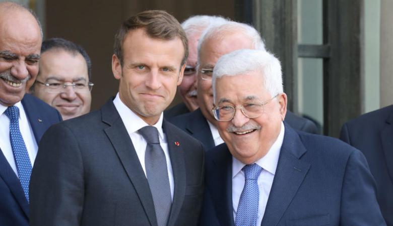 غضب اسرائيلي من اجتماع الرئيس عباس بماكرون