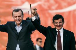 """داود أوغلو يعلن معارضة النظام التركي و""""عبادة الشخص"""""""