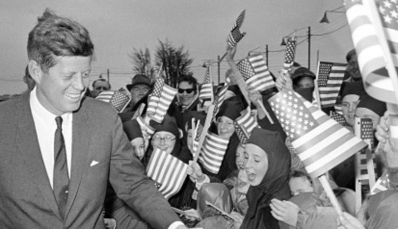 """""""ليس هناك دليل دامغ على وفاة هتلر"""".. هكذا اعتقد جون كينيدي في مذكراته"""