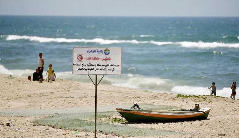 رصد أول حالة وفاة يعتقد أنها نتيجة تلوث بحر قطاع غزة