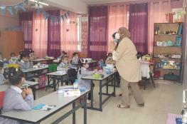 """""""الأونروا"""" تفتتح العام الدراسي من مدرسة بنات الأمعري الأساسية"""