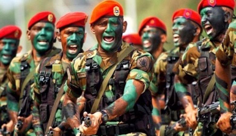 فنزويلا تنشر 150جندي وتقوم بمناورات على حدود كولومبيا