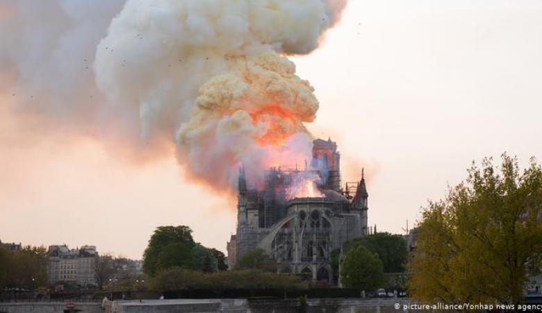 فرنسا: مسابقة دولية لاختيار أفضل المهندسين لإعادة بناء برج نوتردام