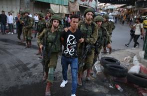 مواجهات بين الشبان وقوات الاحتلال في منطقة باب الزاوية ومدخل شارع الشهداء بالخليل