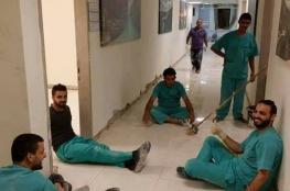 لأول مرة.. ممرضون بمستشفى النجاح يعيدون تبليط قسم غسل الكلى خلال 24 ساعة