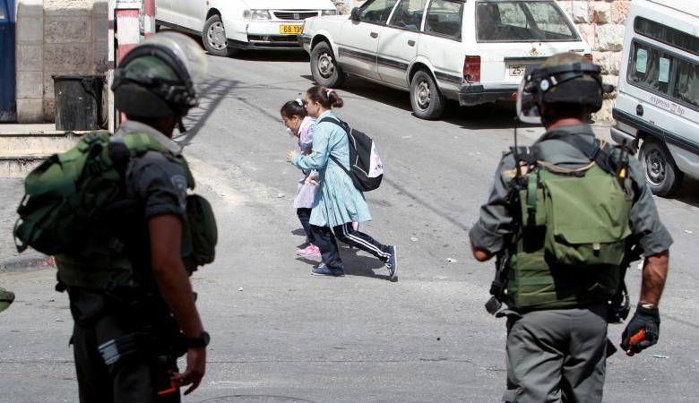 الاحتلال يحاصر 800 طالب داخل مدرسة في ابو ديس