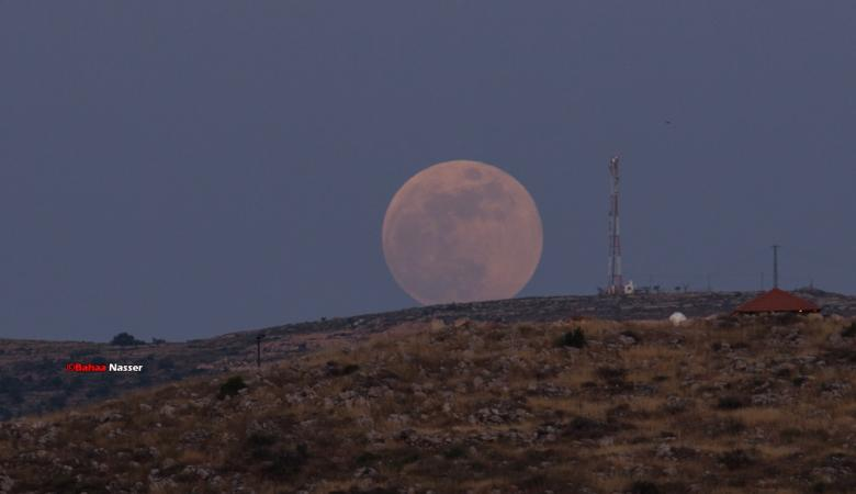 """السعودية : خسوف القمر اليوم """"غير شرعي """""""