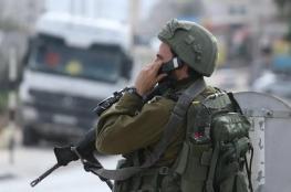 الاحتلال يشن اعتقالات في سلفيت و المستوطنون يعربدون في الخليل