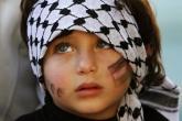 الاطفال في فلسطين يشكلون 45% من السكان