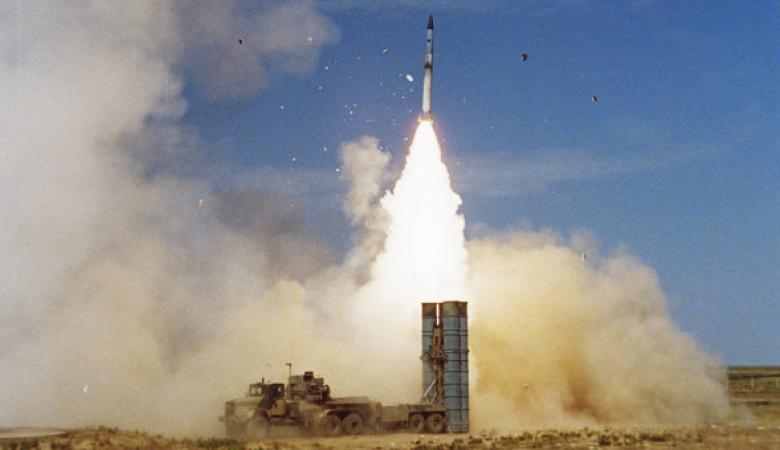 روسيا ترد على إسرائيل: لا يقيدنا أحد بتوريد صواريخ S-300 لسوريا
