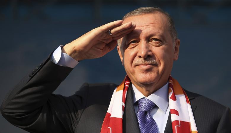اردوغان يوجه ضربة قوية للسجائر الالكترونية ويطالب مواطنيه بشرب الشاي