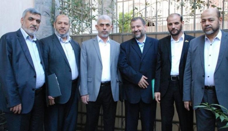 وفد قيادي من حماس يصل القاهرة لعقد مباحثات مع مسؤولين مصريين