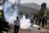 إصابات بالاختناق في مواجهات مع الاحتلال ببلدة بيت أمر