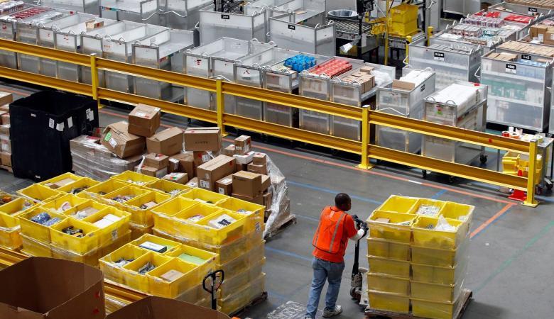 """""""اسرائيل """" تزيد المنح المالية للمشغلين مقابل اعادة العمال الى العمل"""