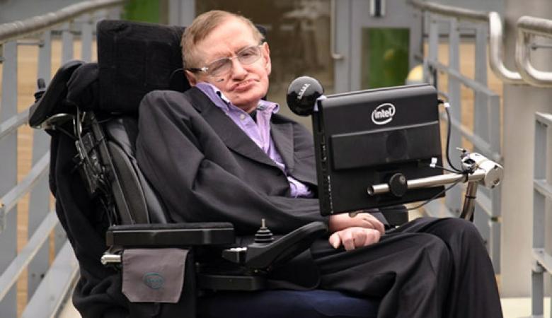 ALS juga telah melumpuhkan Stephen Hawking hingga akhir hayatnya.