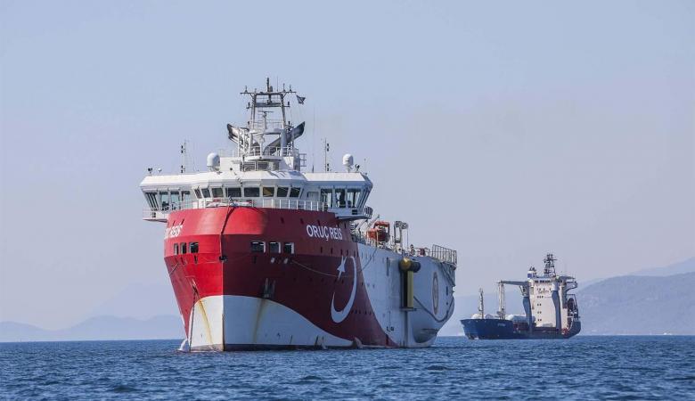 تركيا تسحب سفينة تنقيب من شرق المتوسط بعد مباحثاتها مع اليونان
