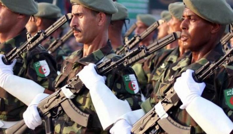 الجزائر تنفذ عملية عسكرية واسعة على الحدود مع تونس بمشاركة ألفا عنصر