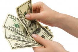 أسعار العملات: استقرار في صرف الدولار والدينار