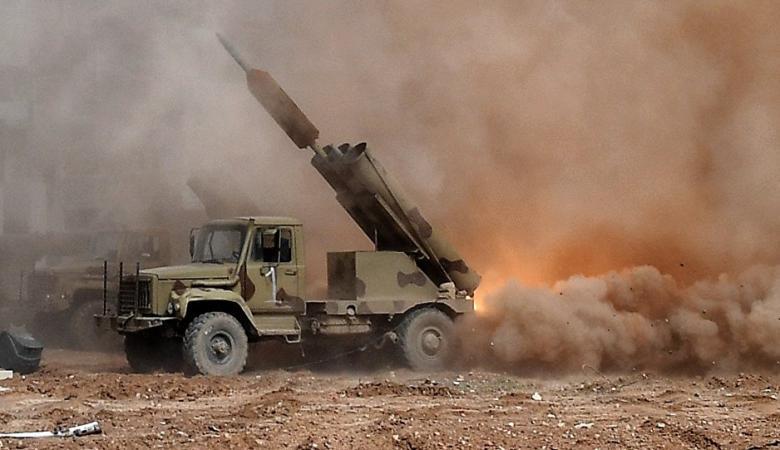"""سوريا تنشر أقوى راجمة صواريخ في العالم على خط الجبهة """"فيديو """""""