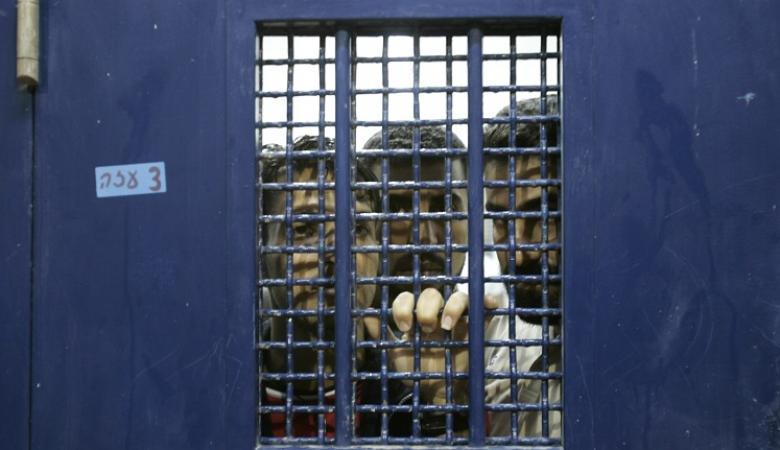 انضمام 120 اسيراً فلسطينياً للاضراب المفتوح عن الطعام