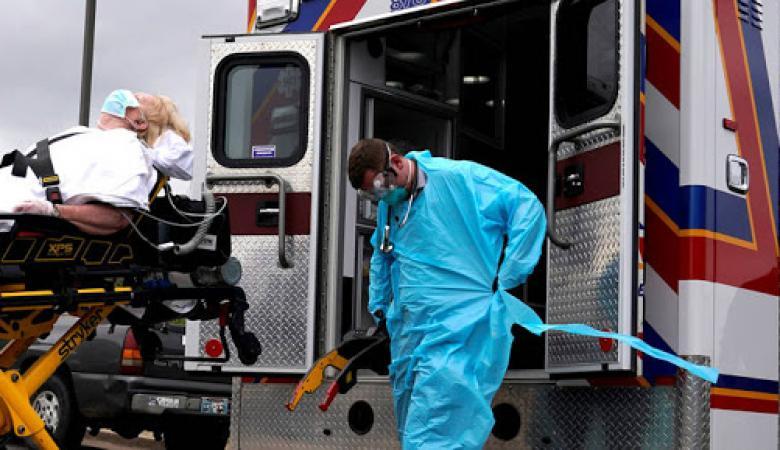 """أميركا.. 1400 وفاة و69 ألف إصابة بآخر أيام """"يوليو الأسود"""""""