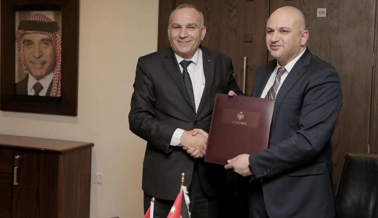 وزارة الاتصالات توقع مع نظيرتها الاردنية مذكرة تعاون
