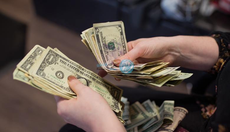 سلطة النقد تصدر تعميماً هاماً بشأن عمل البنوك خلال فترة الإغلاق