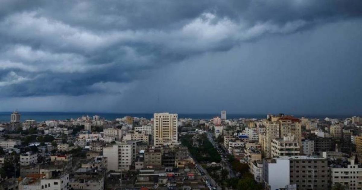 الطقس: انخفاض على درجات الحرارة وفرصة ضعيفة لسقوط أمطار