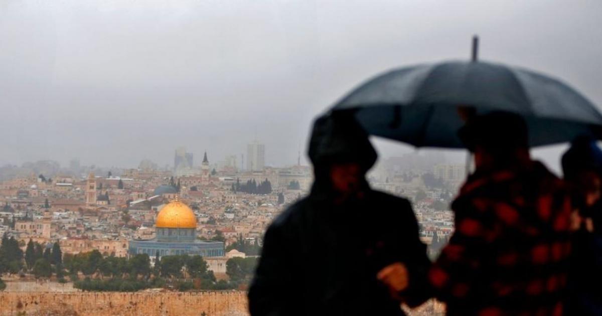 حالة الطقس : منخفض جوي يعبر فلسطين خلال ساعات