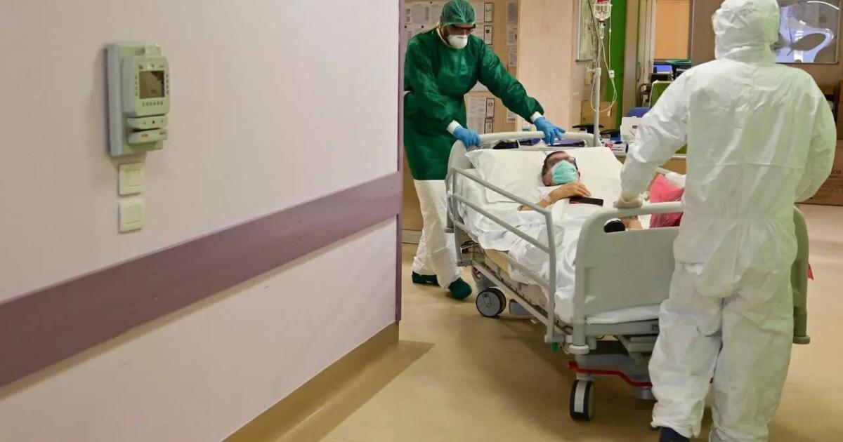 31 حالة وفاة و2025 اصابة جديدة بفيروس كورونا في فلسطين