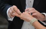 الرجل والزواج من سيدتين