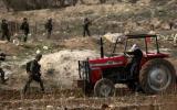 الاستيلاء على جرار زراعي في سنجل