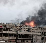 داعش يرفع الرايات البيضاء بمخيم اليرموك بعد قصف طائرات النظام السوري