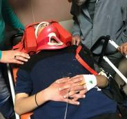 إصابة شاب بجروح خطيرة بعد أن دهسه مستوطن قرب حزما