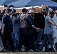 رجل يعود الى  الحياة بعد دفنه
