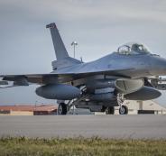 العراق تقصف اهدافا لداعش في سوريا