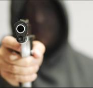سطو مسلح على محل تجاري في نابلس وسرقة 50 ألف شيقل