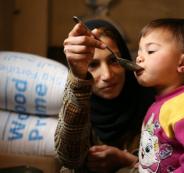 مساعدات للسوريين