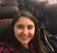 امرأة تحجز تذكرة عادية فتحصل على الطائرة بأكملها