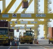هكذا تقوم شركات سعودية بتهريب البضائع إلى قطر