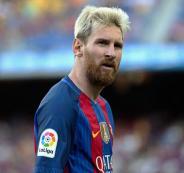 عقد برشلونة مع ميسي