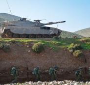 الاحتلال يخطر 21 عائلة فلسطينية بالطرد من منازلهم بحجة التدريبات العسكرية