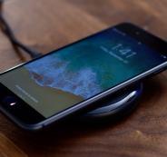 التحذير من استخدام الشاحن اللاسكلي لهواتف آيفون 8 وX