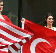 تعليق التأشيرات الأميركية للأتراك