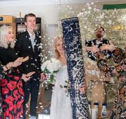 بريطانية تتزوج من سجادة