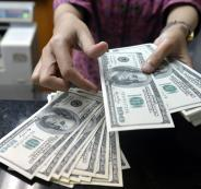 اسباب انخفاض سعر الدولار في فلسطين