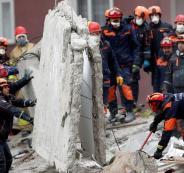 انهيار مبنى في اسطنبول التركية